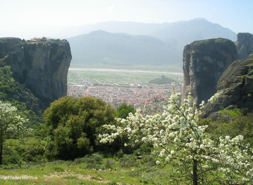 Kalambaka (Grecia): La entrada a Meteora.