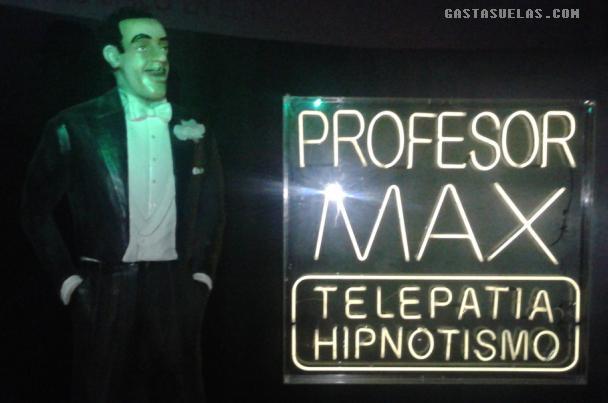 Profesor Max - Profesor
