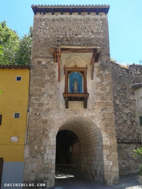 El Arco de la Guía en Brihuega (Guadalajara)