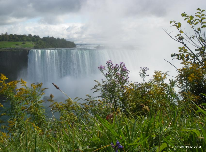 3-Niagara falls