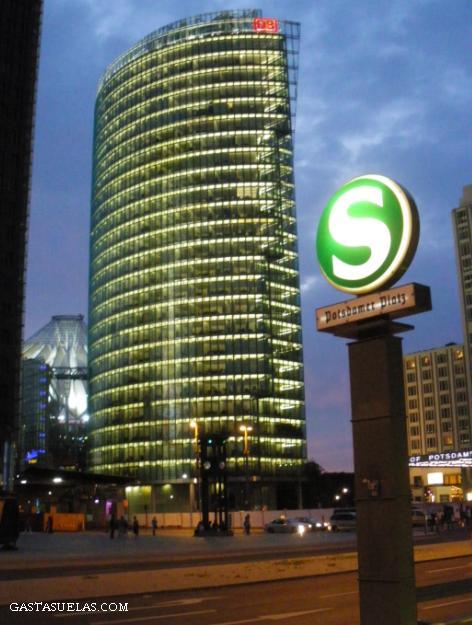 Postdamer Platz (Berlín, Alemania)