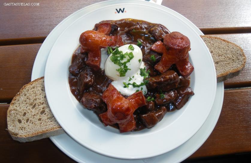 """Haciendo """"dieta"""" con la gastronomía alemana en Berlín"""