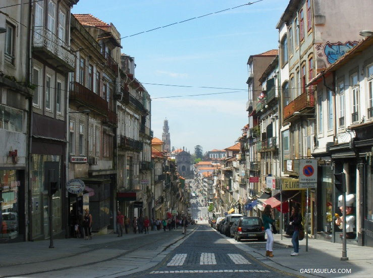 Oporto - Portugal - Rua Clerigos