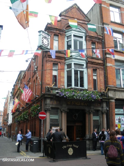 Dublin - The Stags Head - Pub