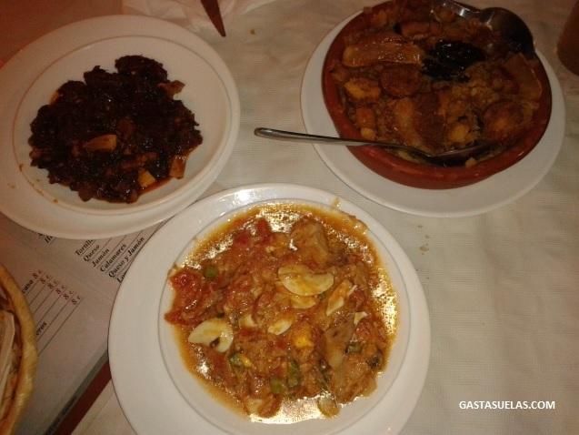 Platos típicos de la gastronomía de Almagro (Migas, Tiznao y Pipirrana)