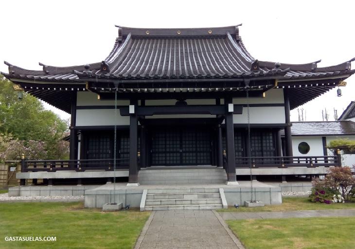 EKO-HAUS Templo