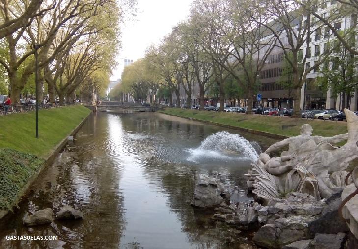 Königsallee boulevard