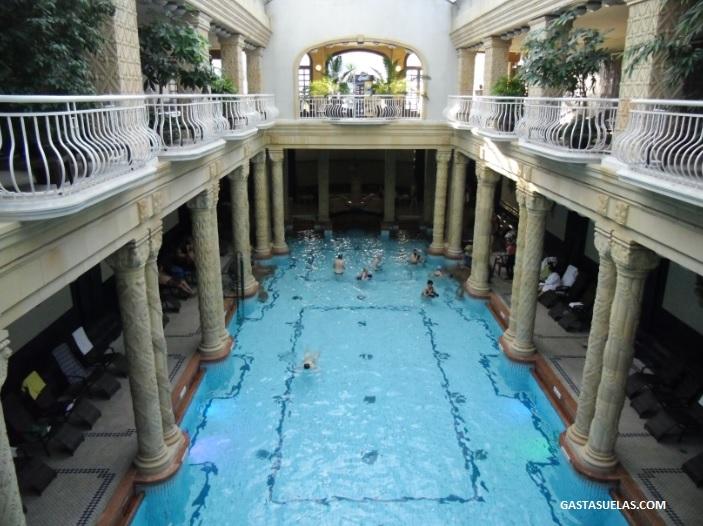 Baños Gellert