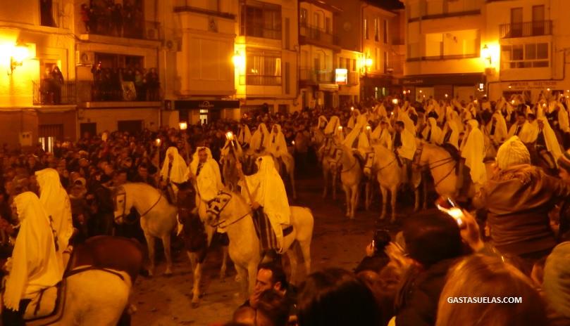 Fiesta de La Encamisá de Torrejoncillo (Extremadura)