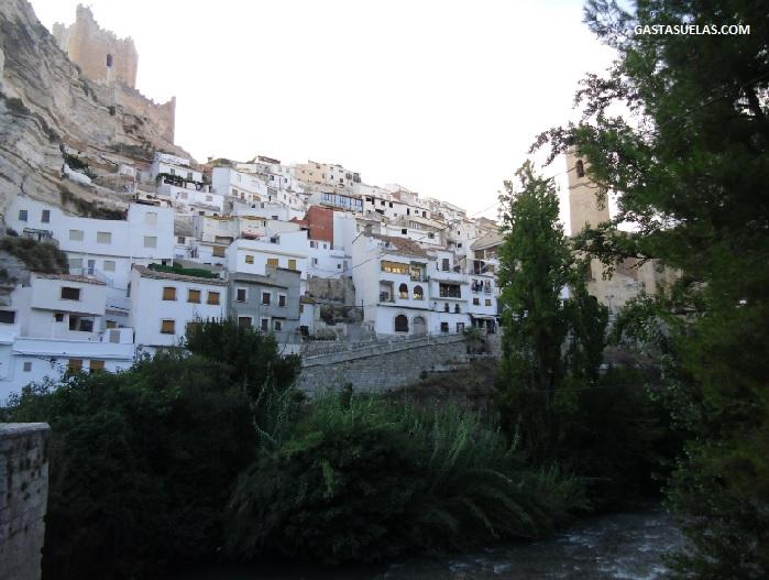 Río Júcar a su paso por Alcalá del Júcar (Albacete)