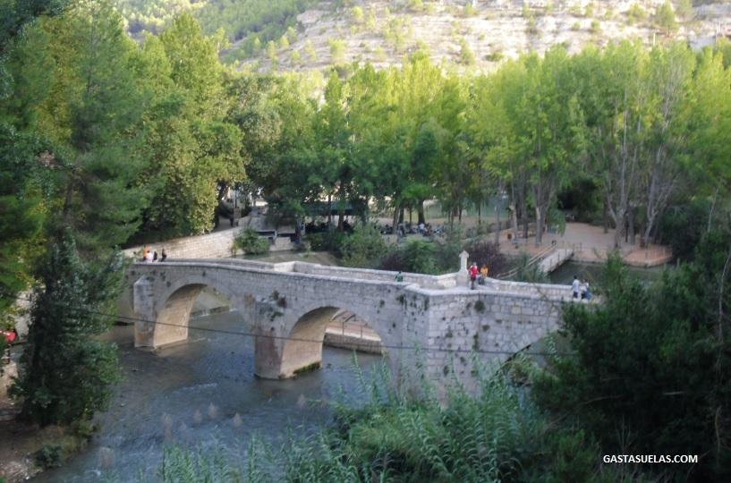 Puente romano en Alcalá del Júcar (Albacete)