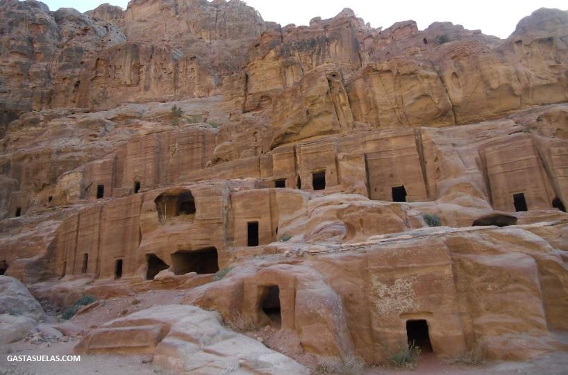 Calle de la Tumbas en Petra (Jordania)