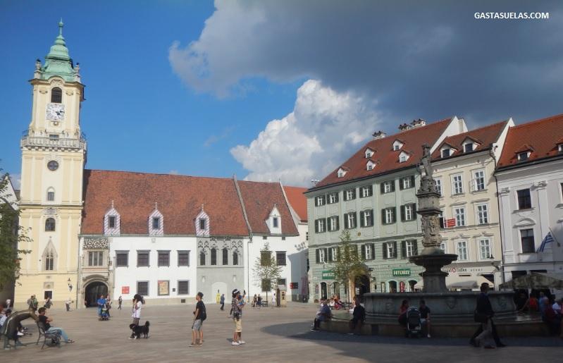 antiguo-ayuntamiento-bratislava