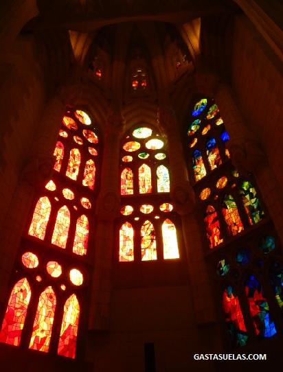 sagrada-familia-vidriera-barcelona
