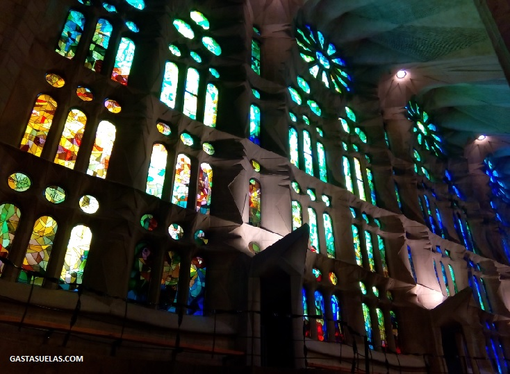 sagrada-familia-vidrieras