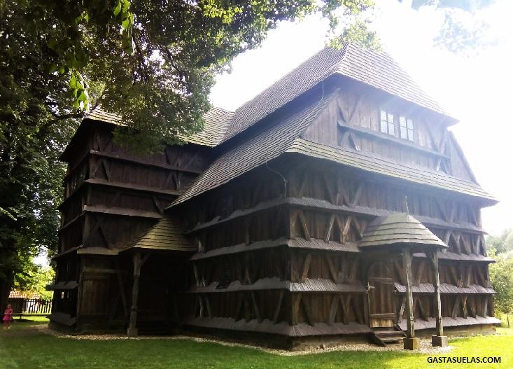iglesia-madera-hronsek