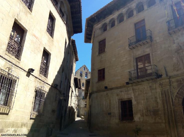 Sos del Rey Católico (Zaragoza): Un pueblo con encanto de película