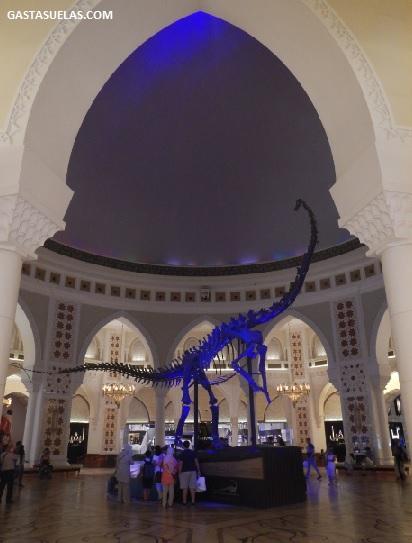 dubai mall dinosaurio