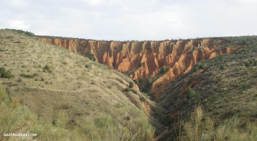 Ruta por la pionera Presa del Pontón de la Oliva y las Cárcavas de Valdepeñas de la Sierra
