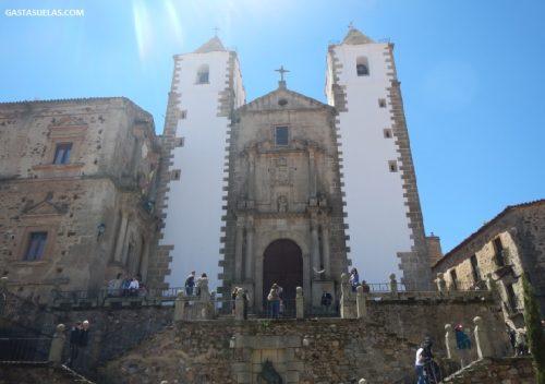 Iglesia de San Francisco Javier (Cáceres)