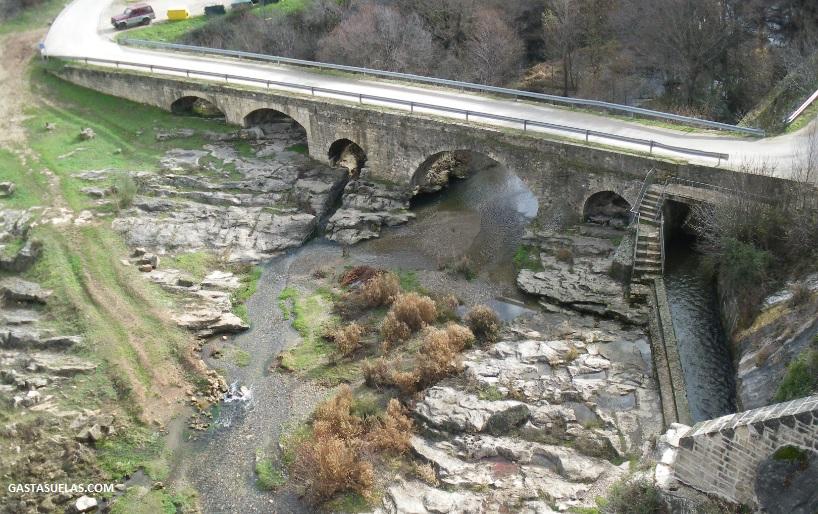 Puente sobre el río Lozoya en el Pontón de la Oliva (Madrid)
