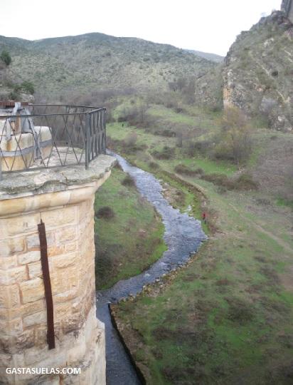 Río Lozoya en la Presa del Pontón de la Oliva (Madrid)