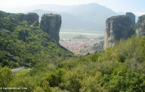 Vistas de Kalambaka desde Meteora (Grecia)
