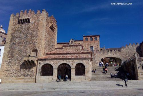 Puerta de la Estrella (Cáceres)