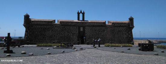 Castillo de San José y Museo MAC en Lanzarote