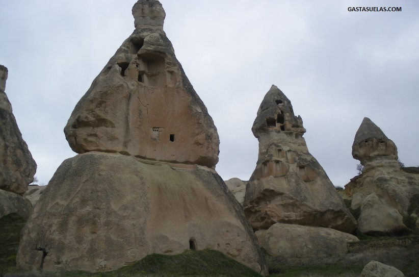 Antiguas viviendas en el Valle de las Palomas (Capadocia)