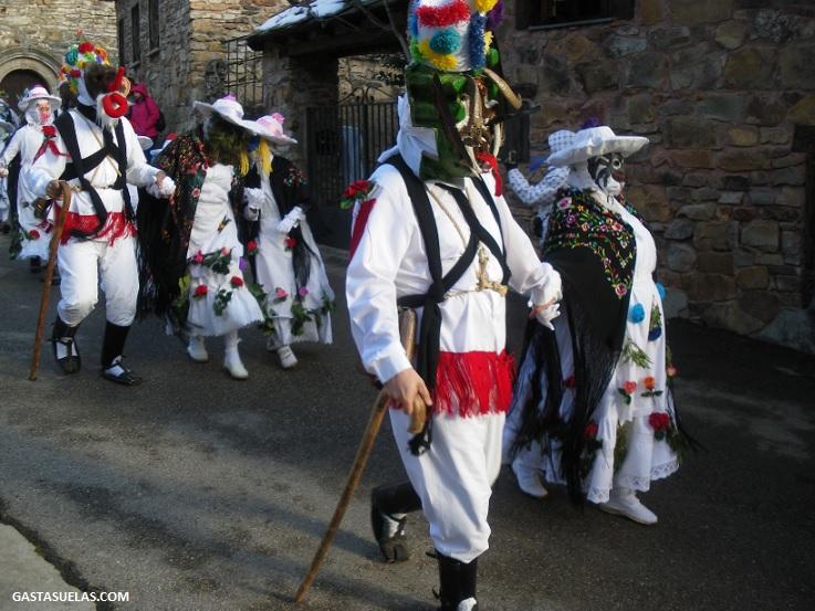 Botargas y Marcaritas en el Carnaval de Almiruete (Guadalajara)