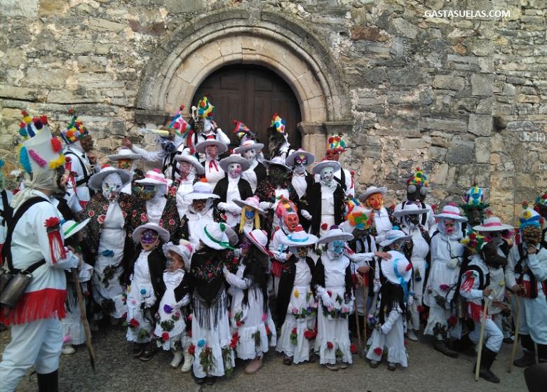 Carnaval de Almiruete (Guadalajara): Un pueblo de Botargas y Mascaritas