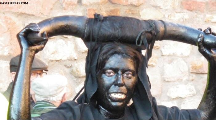 Carnaval de Luzón (Guadalajara): Una fiesta de siniestros y alegres Diablos