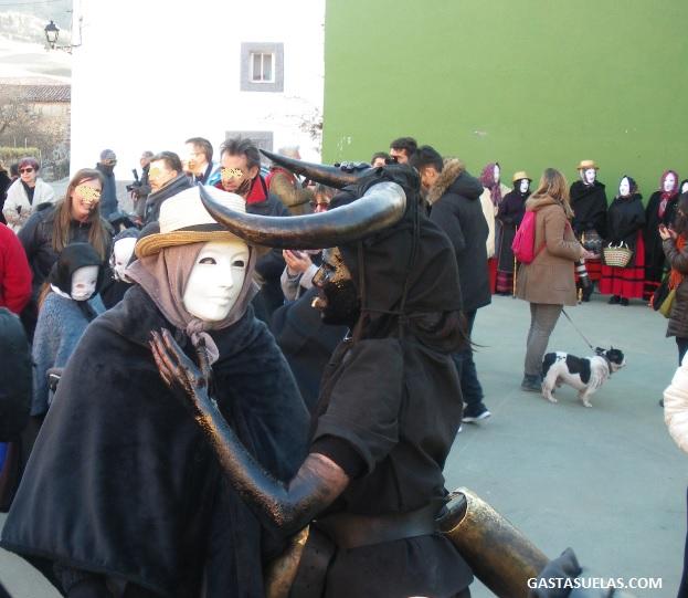 Diablos y Mascaritas en el Carnaval de Luzón (Guadalajara)