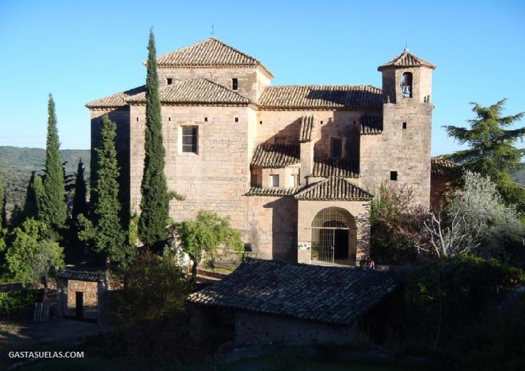 Iglesia de San Miguel Arcángel en Alquezar (Huesca)