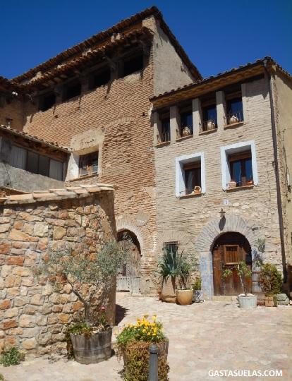 Conjunto Histórico Artístico de Alquezar (Huesca)