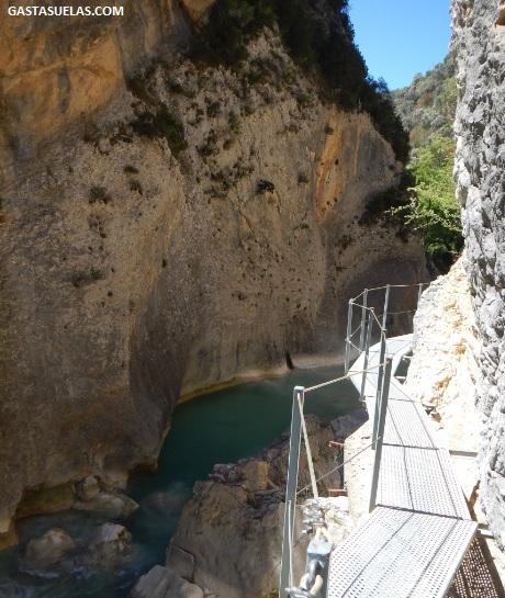 Pasarela en el Cañón del río Vero (Alquezar)