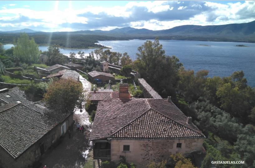 Vistas sobre Granadilla y el Embalse de Gabriel y Galán