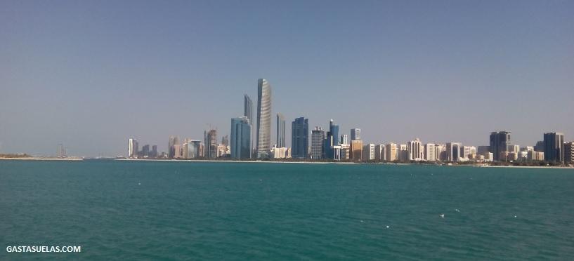 Al Markaziyah West desde Marina Mall (Abu Dhabi)