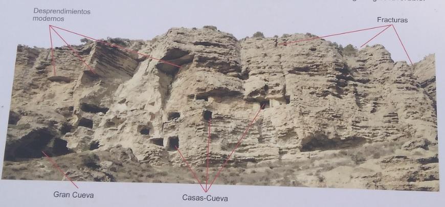 Detalle de panel explicativo en el Risco de las Cuevas (Perales de Tajuña)