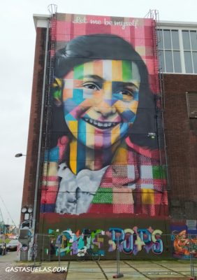 mural en el NDSM amsterdam
