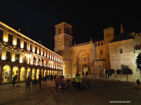 Plaza Mayor de Villanueva de los Infantes (Ciudad Real)