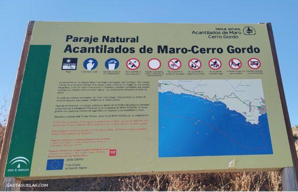 Panel informativo en el Paraje Natural de los Acantilados de Maro-Cerro Gordo (Nerja)