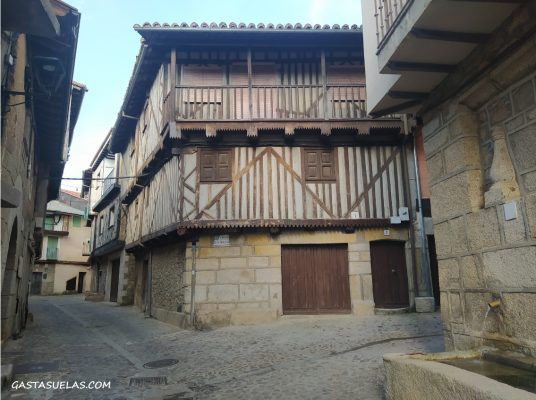 Casa tradicional serrana en Cepeda (Sierra de Francia, Salamanca)