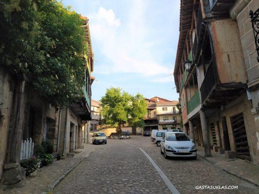 Entrada al pueblo de Cepeda (Sierra de Francia, Salamanca)